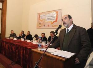 El vicepresidente de la UNLP en el acto de lanzamiento.